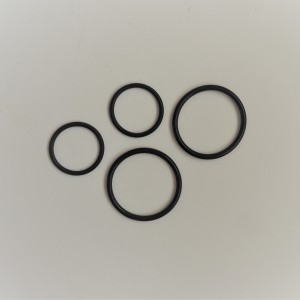 Rubber seal rings for axle of swinging fork, 4 pcs, Jawa